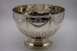 An impressive Victorian silver punch bowl, byWalter & John Barnard, London 1888, 28cm diameter,