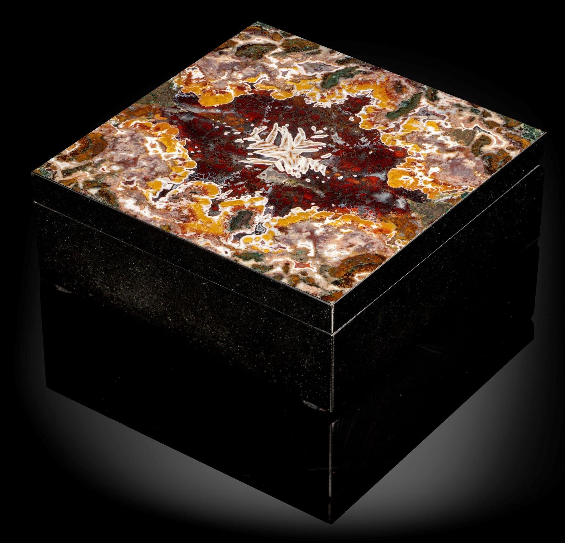 Lot 14 - Interior Design/Minerals: A Moroccan agate veneered marble box, 13cm square