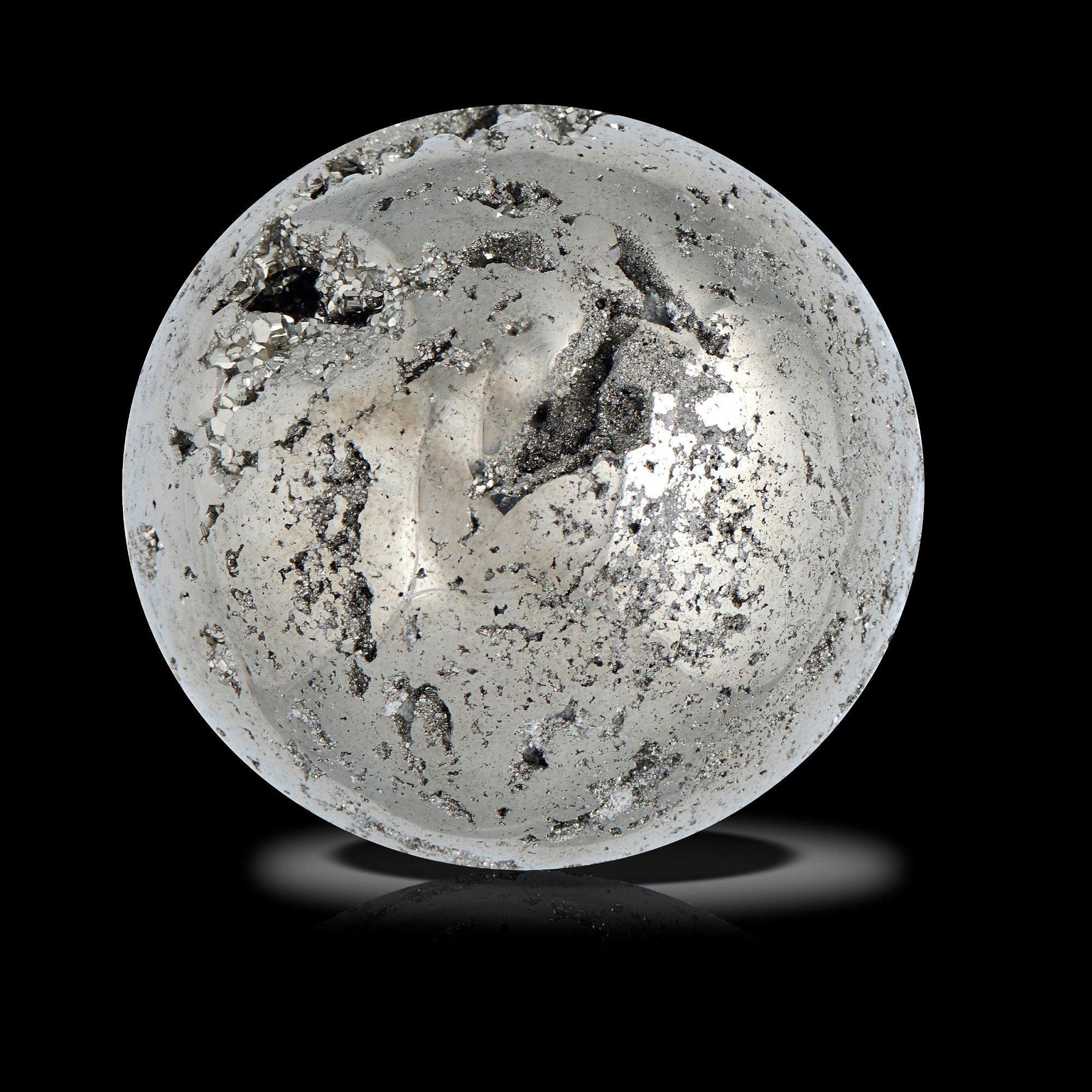 Lot 31 - Interior Design/Minerals: A collection of six mineral spheres, including Lapis lazuli, rose quartz