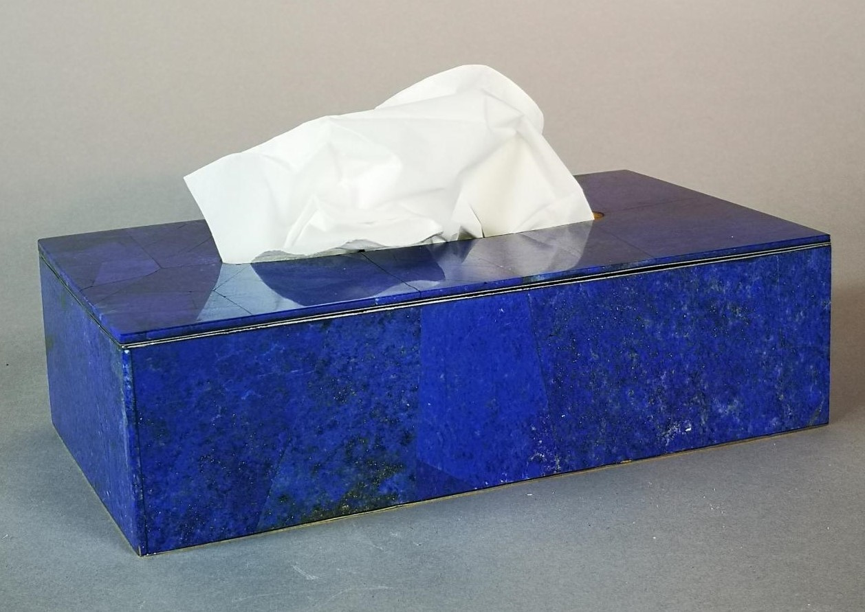 Lot 29 - Interior Design/Minerals: A Lapis lazuli veneered tissue box, 22cm long by 7cm high