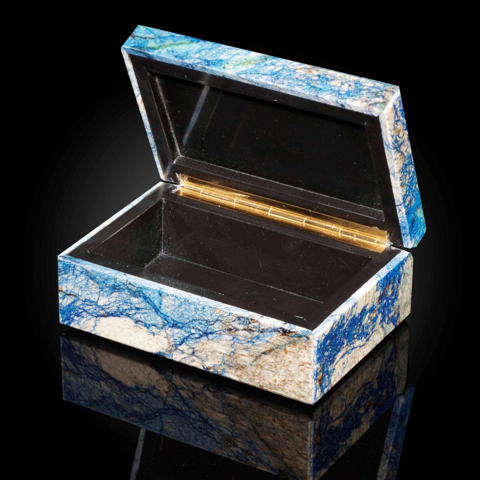 Lot 28 - Interior Design/Minerals: An Azurite box, in fitted case, 10cm by 7cm by 4cm