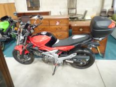 Suzuki SFV650 LO 2012 Date of First Reg March 2012, only 3000 miles, KY12 XAS