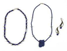 A contemporary silver lapis lazuli bead necklace,