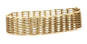 A 9ct gold gate bracelet, c.1970,