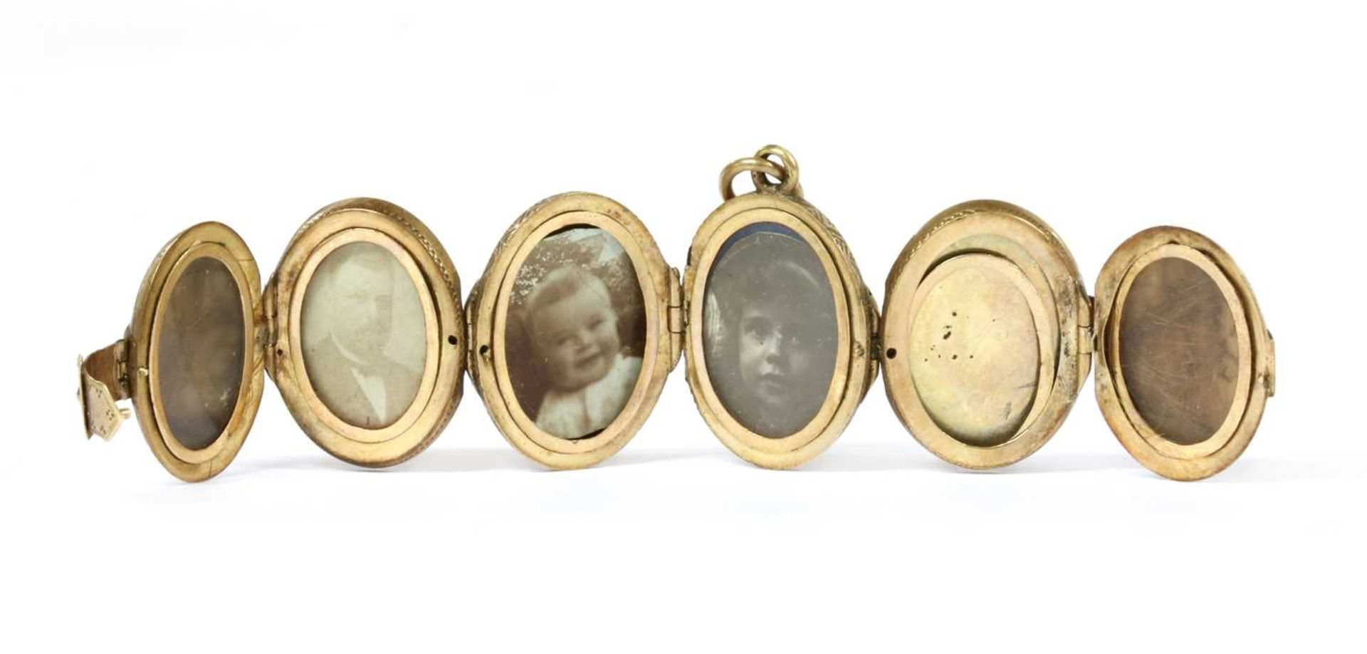A gold egg form multi-photo 'family' locket, - Bild 2 aus 13
