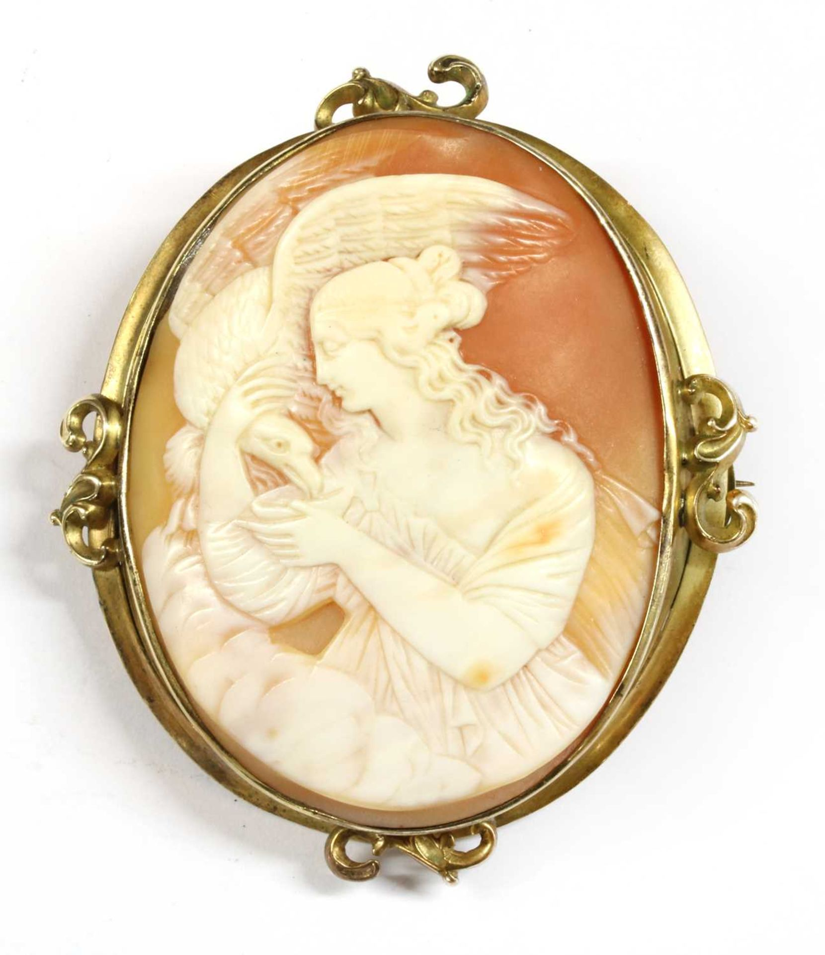 A gold mounted cameo brooch,
