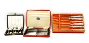 A set of six teaspoons,