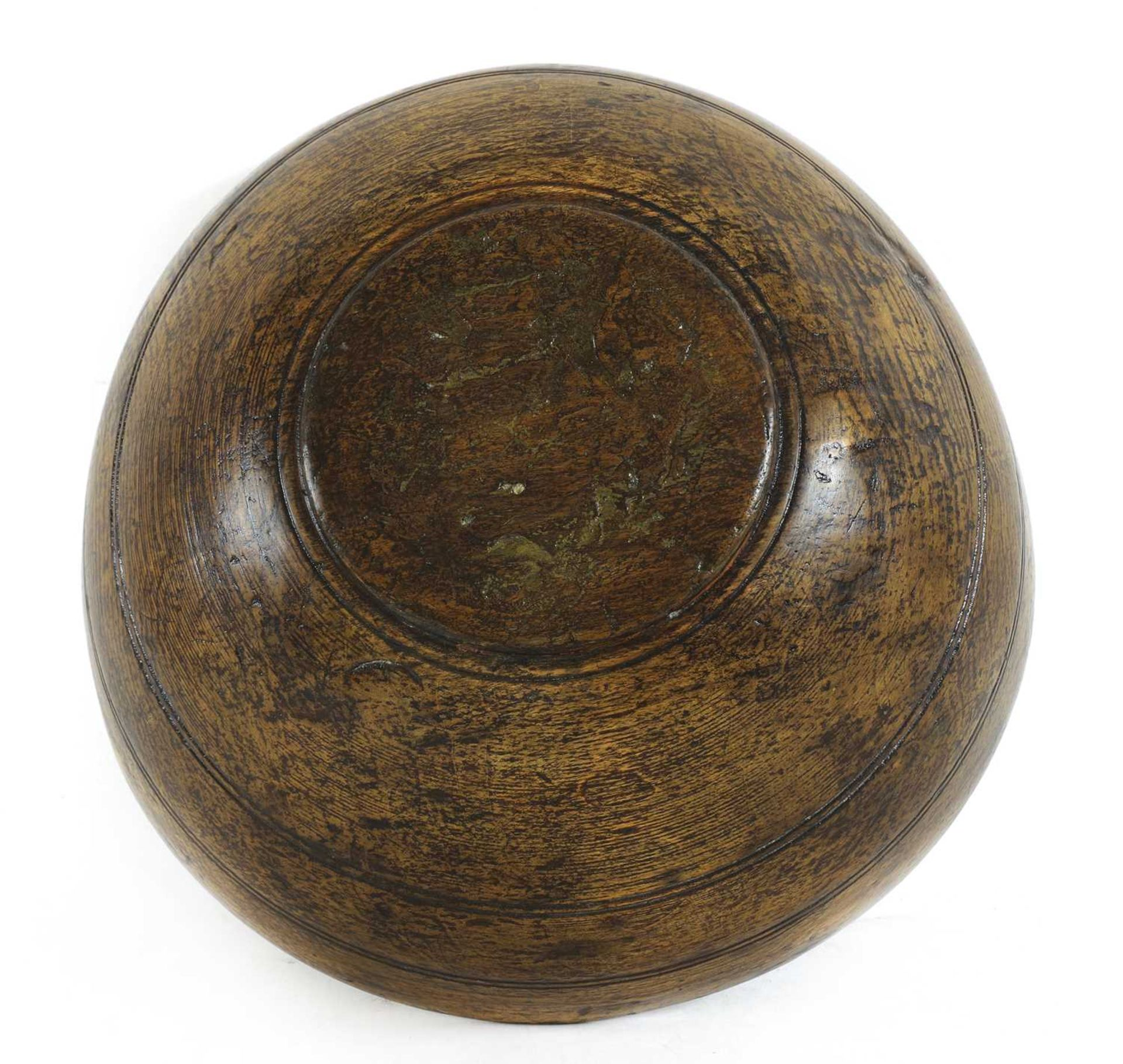 A large sycamore dairy bowl, - Image 4 of 4