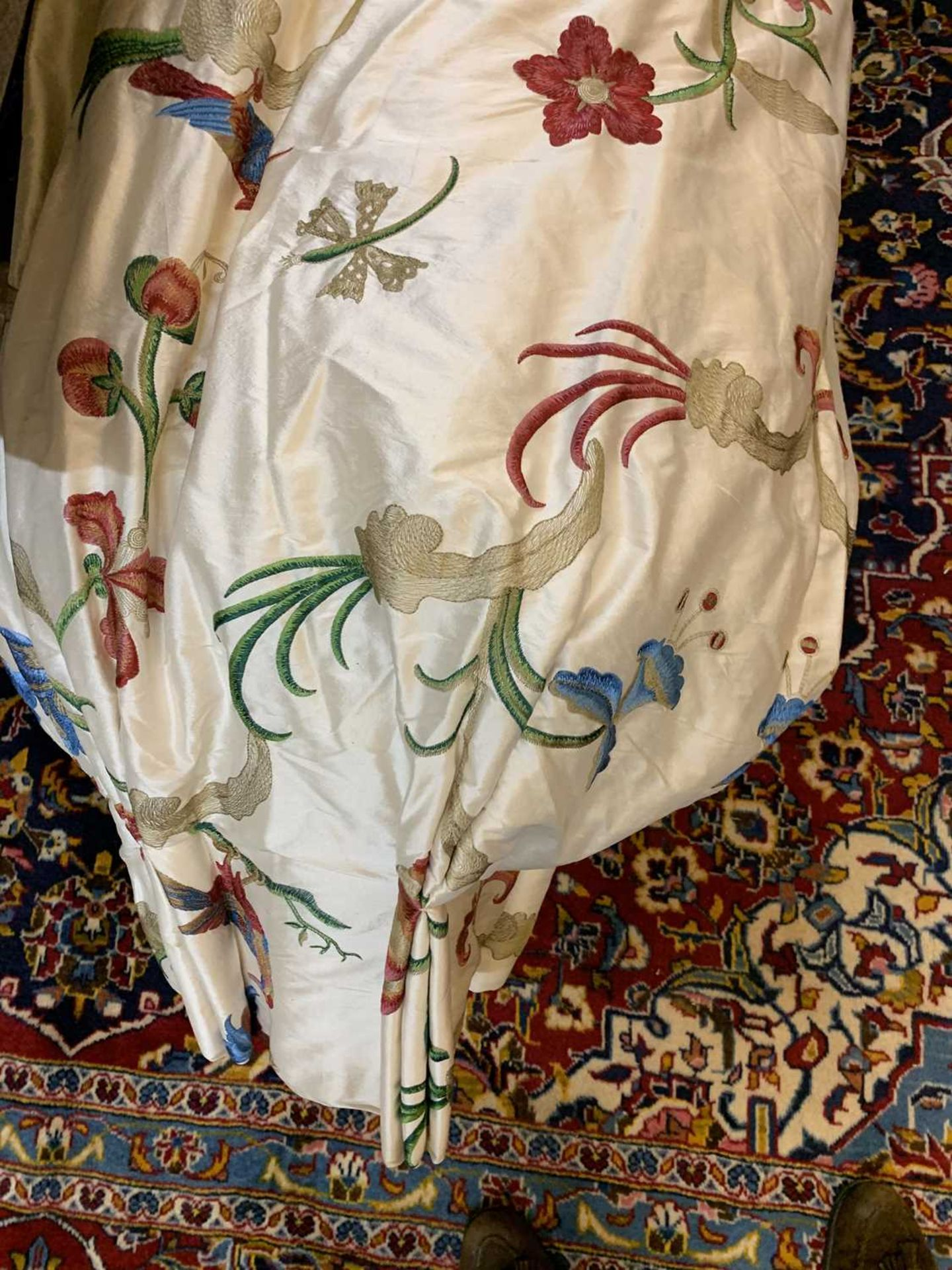 Three pairs of lined and interlined silk curtains, - Image 15 of 62