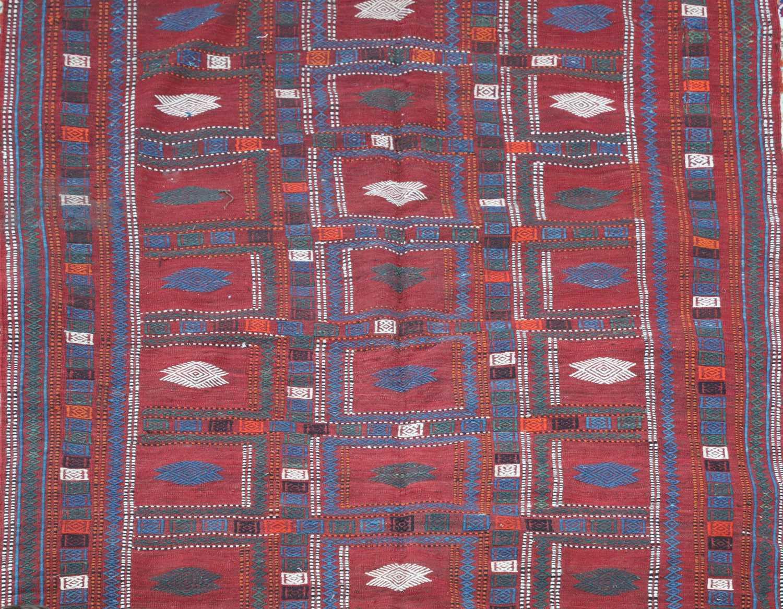 An Azerbaijan kilim, - Image 3 of 3