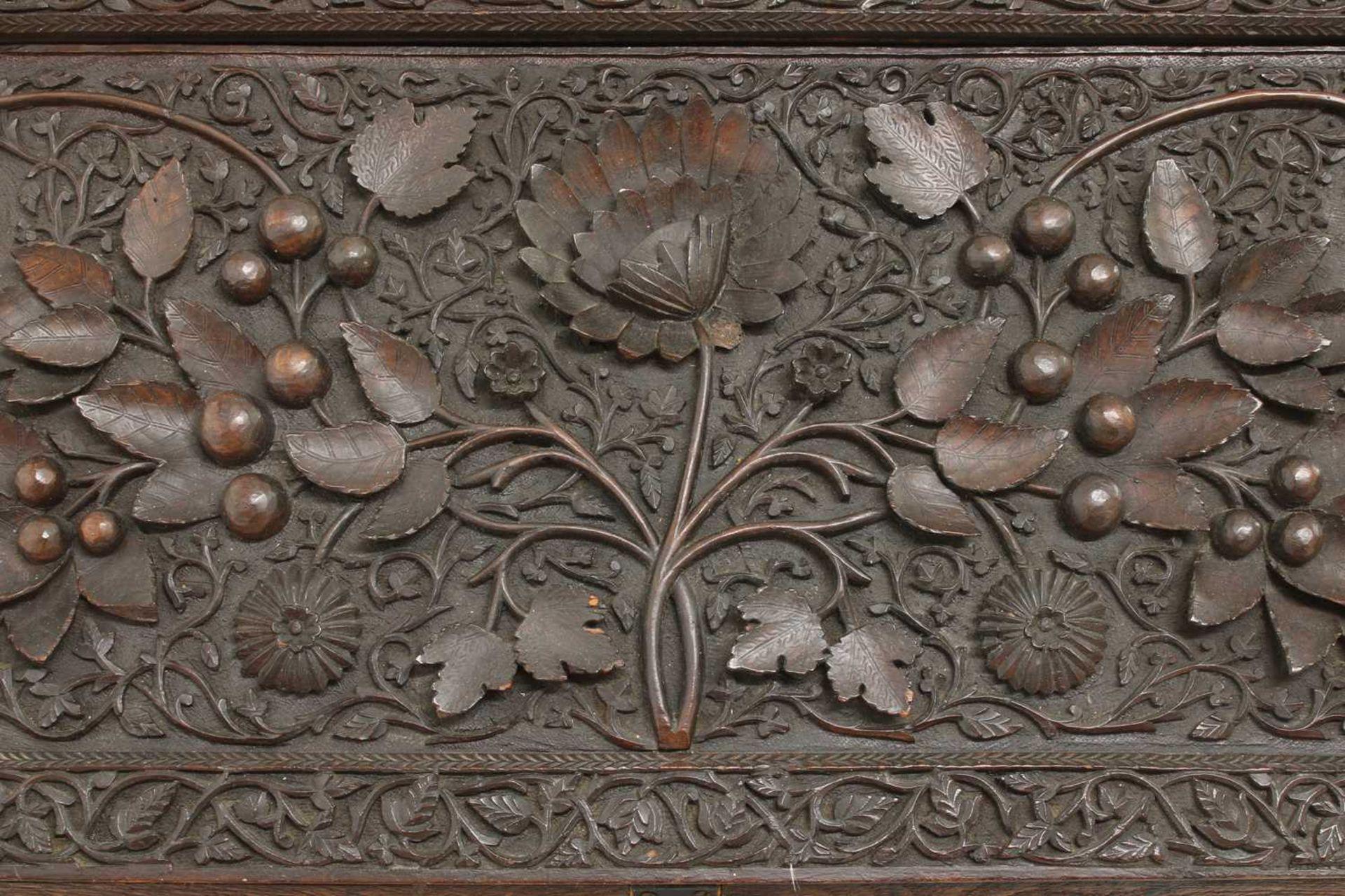 An Anglo-Indian rosewood bureau, - Image 10 of 10