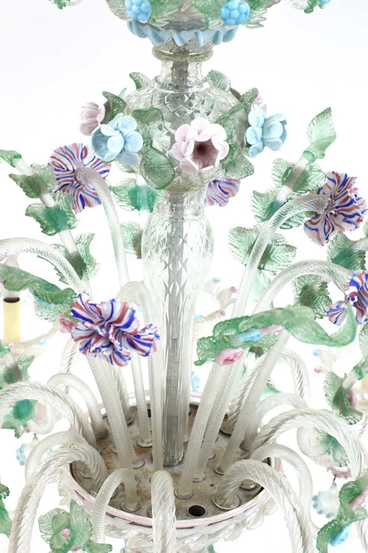 An impressive Murano chandelier, - Image 4 of 5