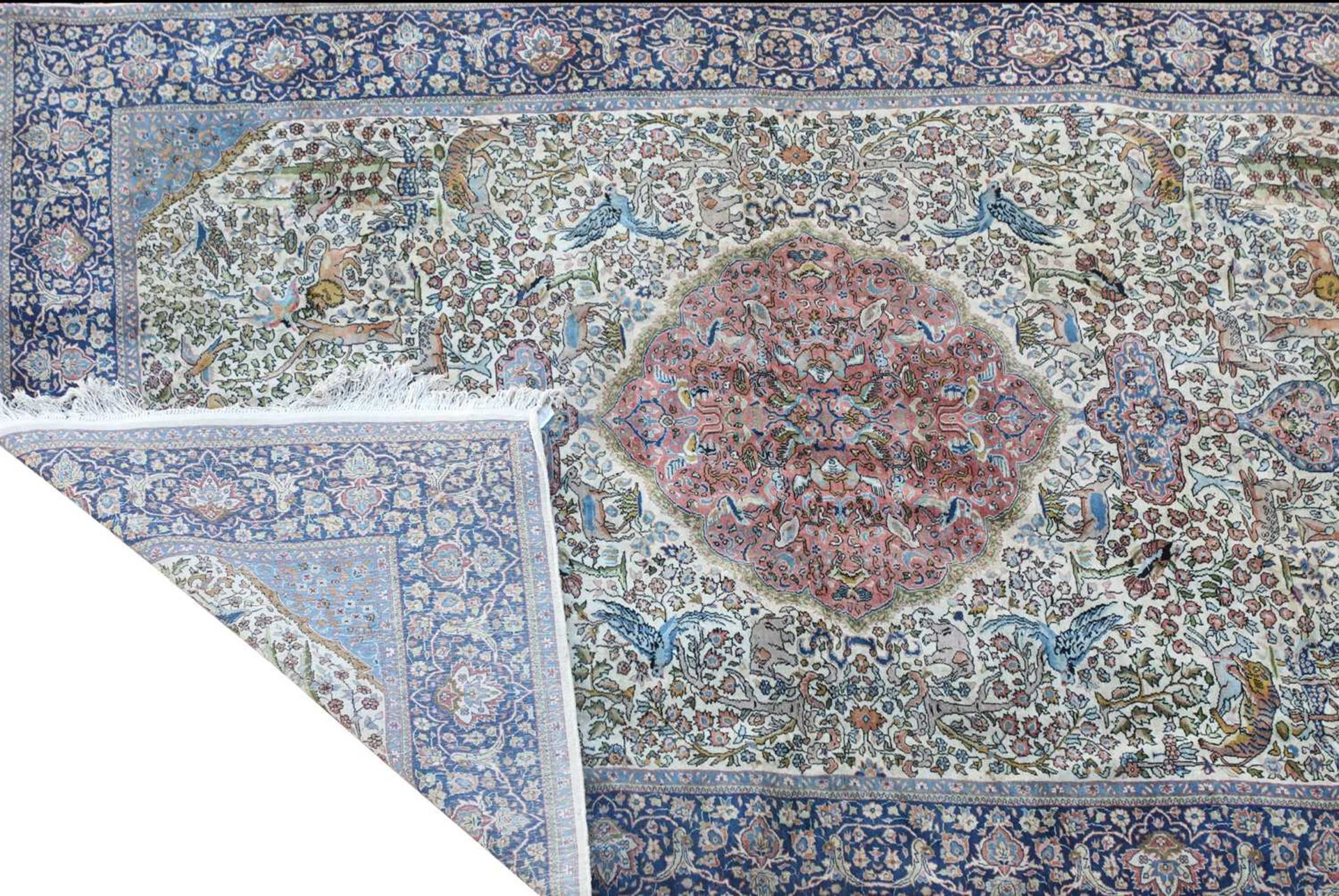 A hand-knotted Isfahan hunting rug, - Image 4 of 4