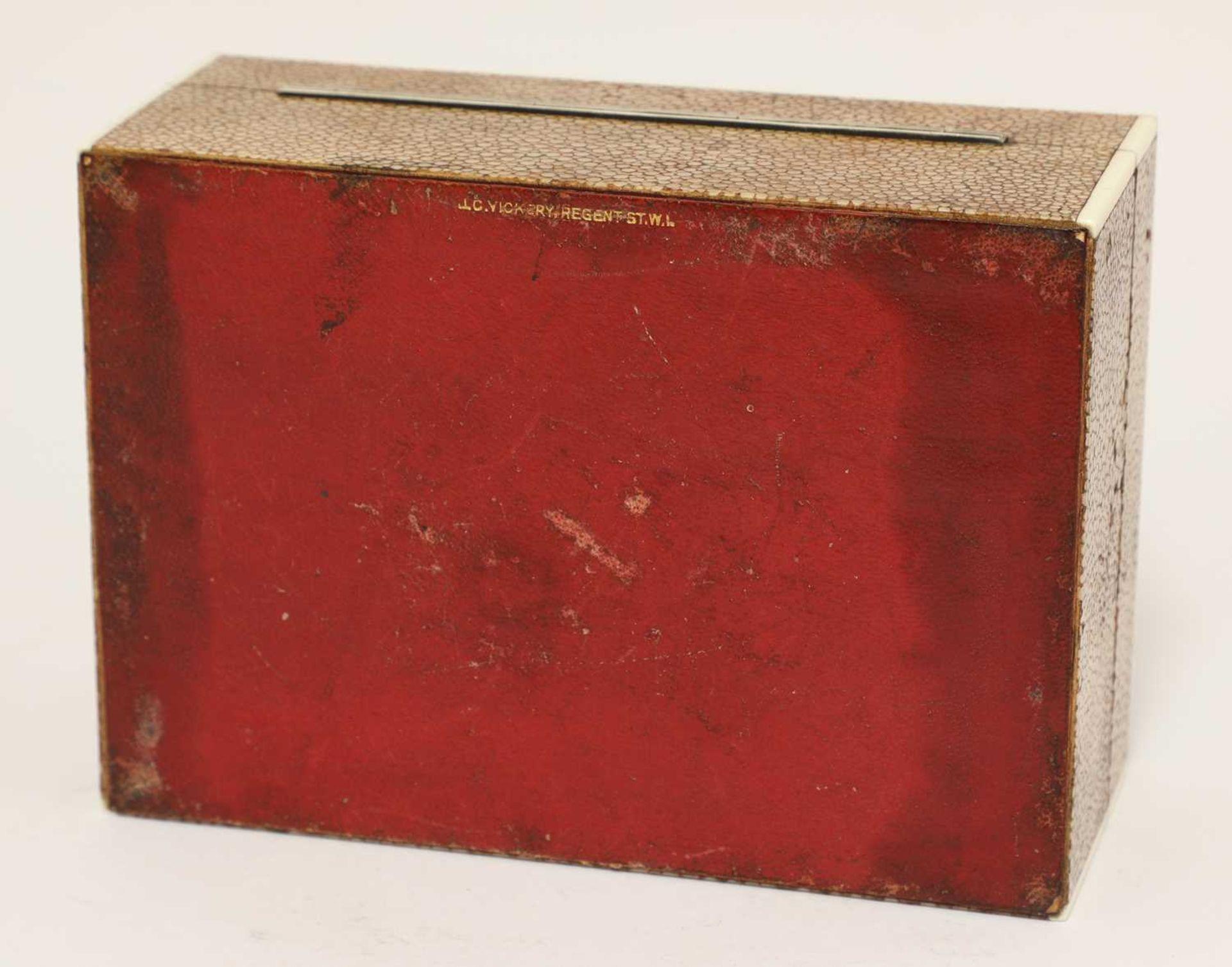 An Art Deco shagreen patent cigarette box - Image 4 of 4