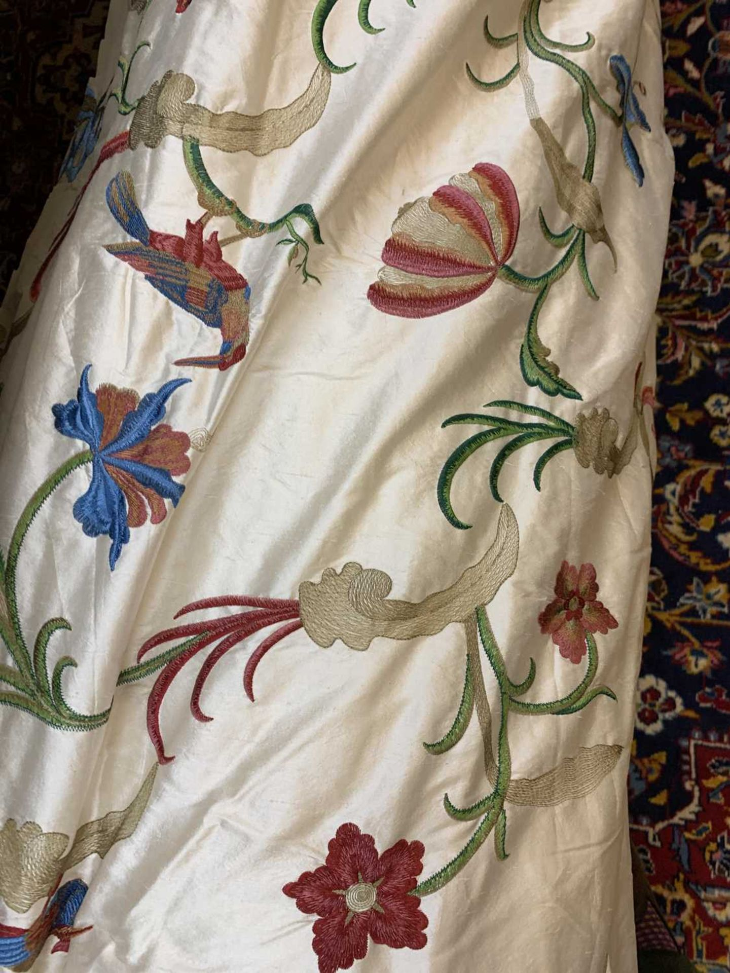 Three pairs of lined and interlined silk curtains, - Image 18 of 62