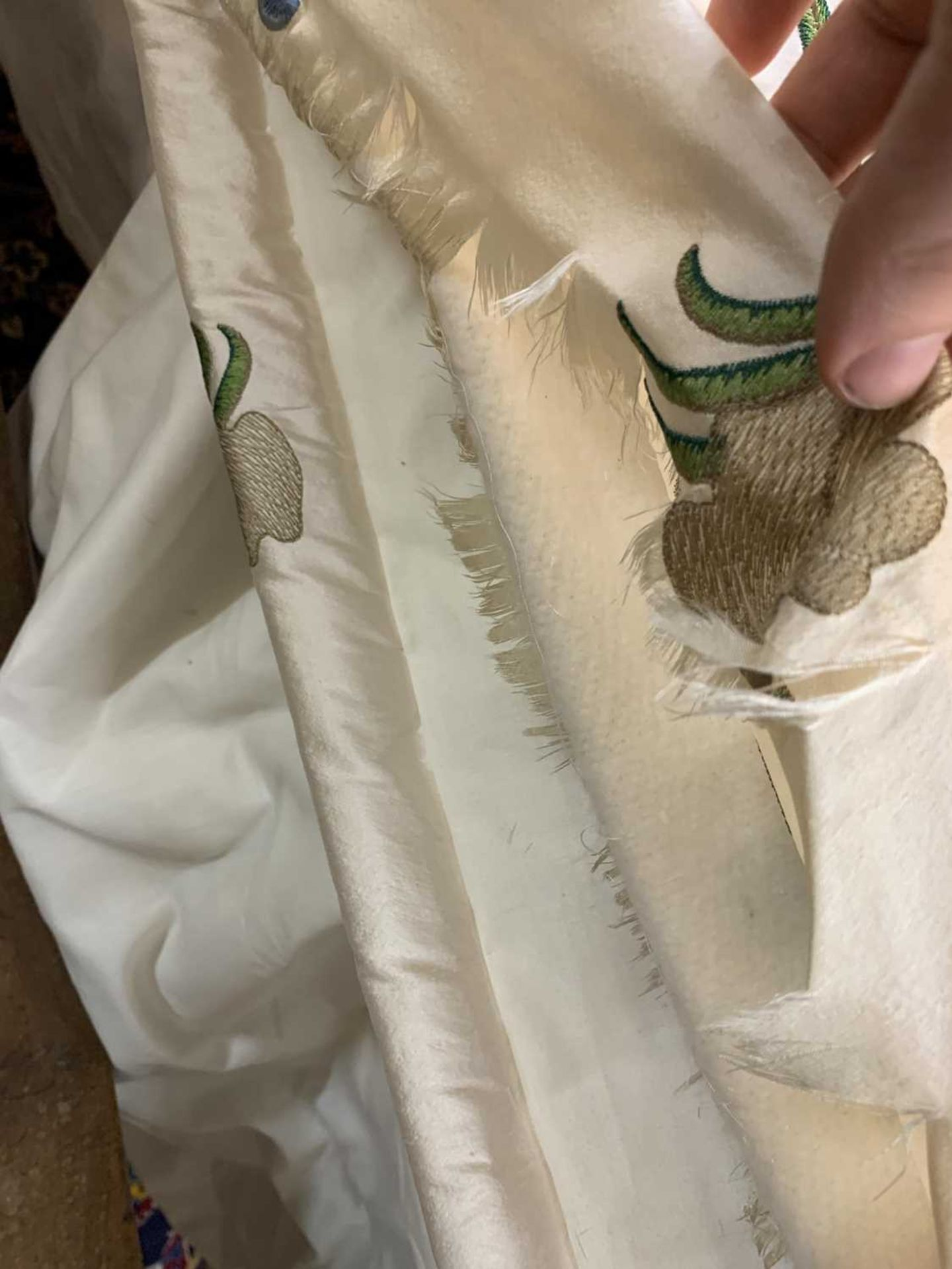 Three pairs of lined and interlined silk curtains, - Image 29 of 62
