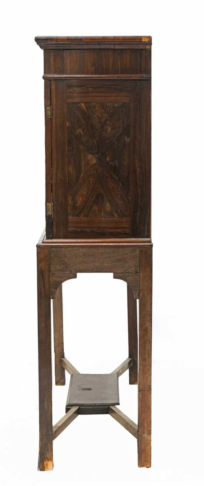 A Queen Anne cocus wood cabinet, - Image 3 of 42