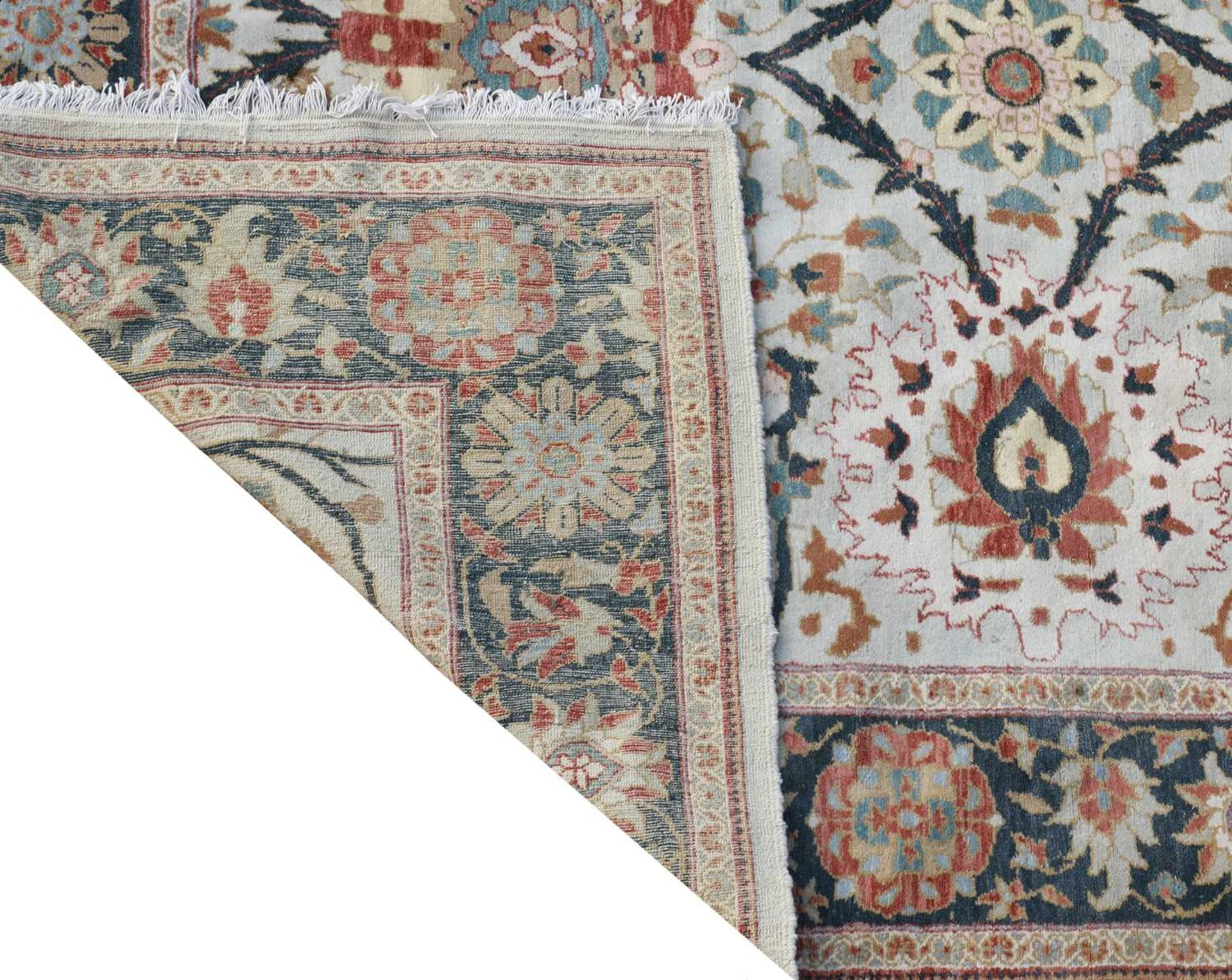 A Sultanabad carpet, - Image 2 of 2