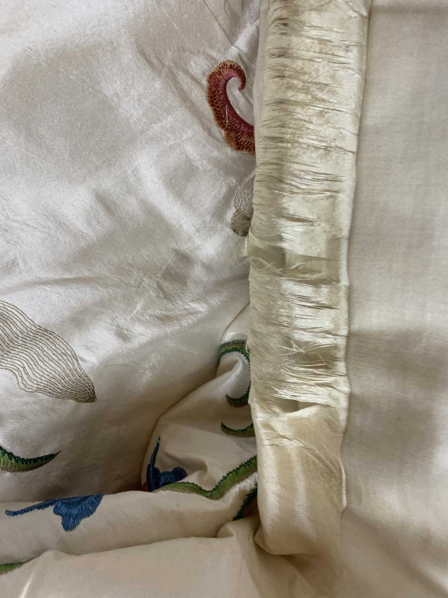 Three pairs of lined and interlined silk curtains, - Image 60 of 62