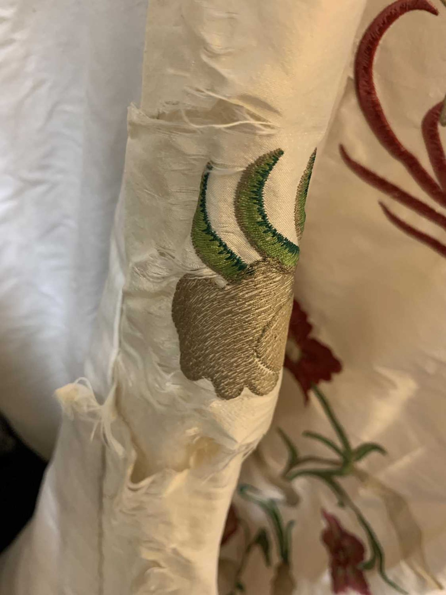 Three pairs of lined and interlined silk curtains, - Image 8 of 62