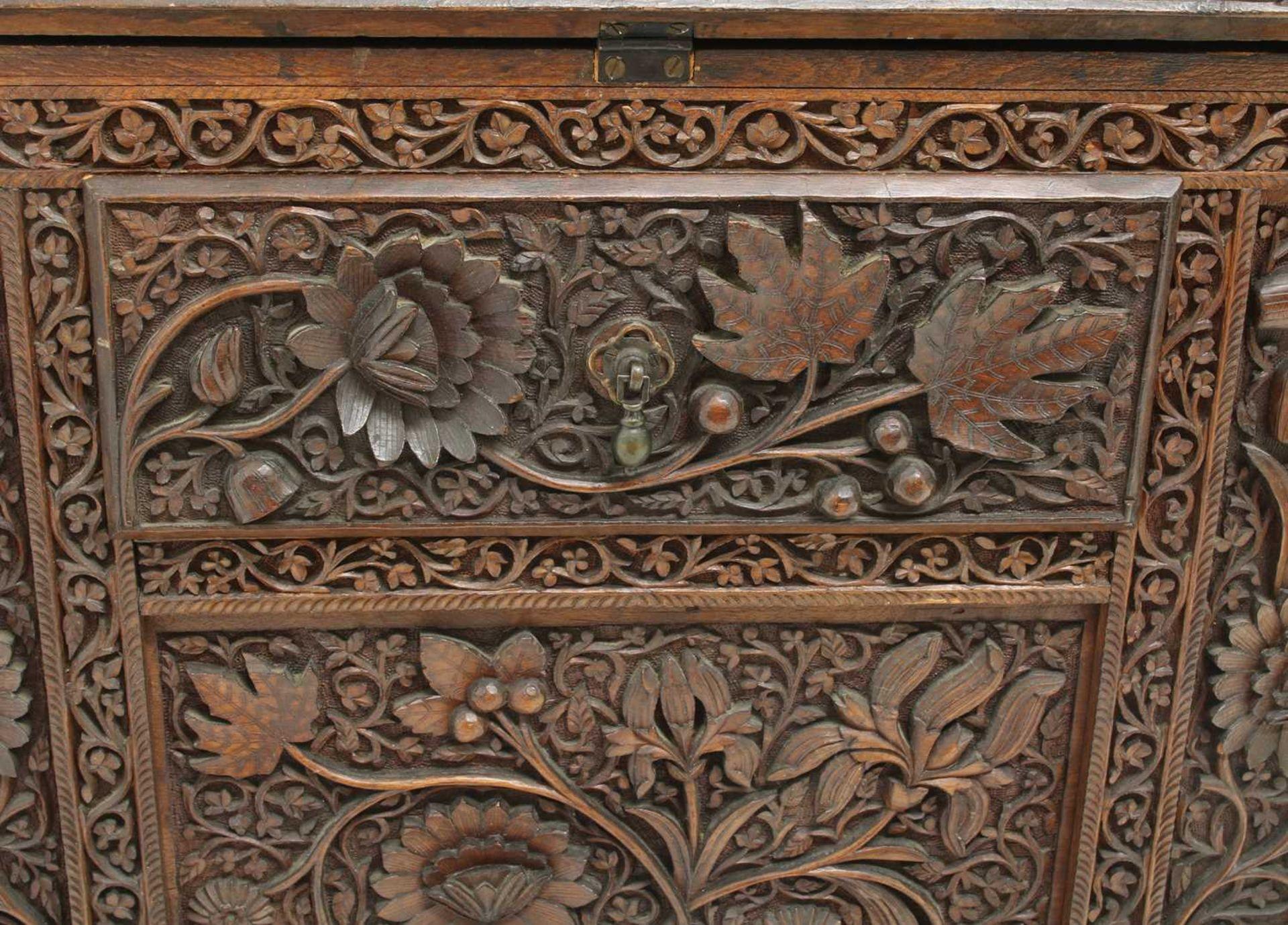 An Anglo-Indian rosewood bureau, - Image 9 of 10
