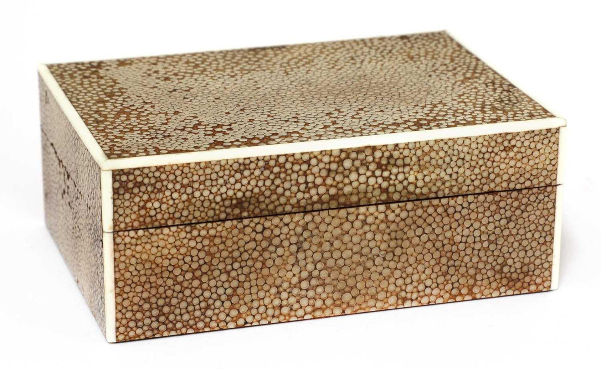 An Art Deco shagreen patent cigarette box - Image 2 of 4