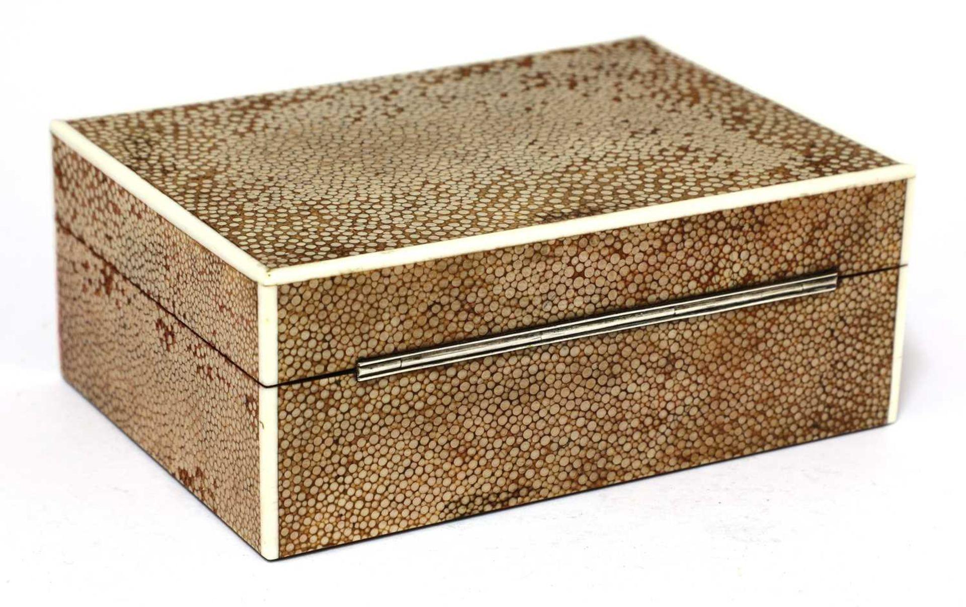 An Art Deco shagreen patent cigarette box - Image 3 of 4