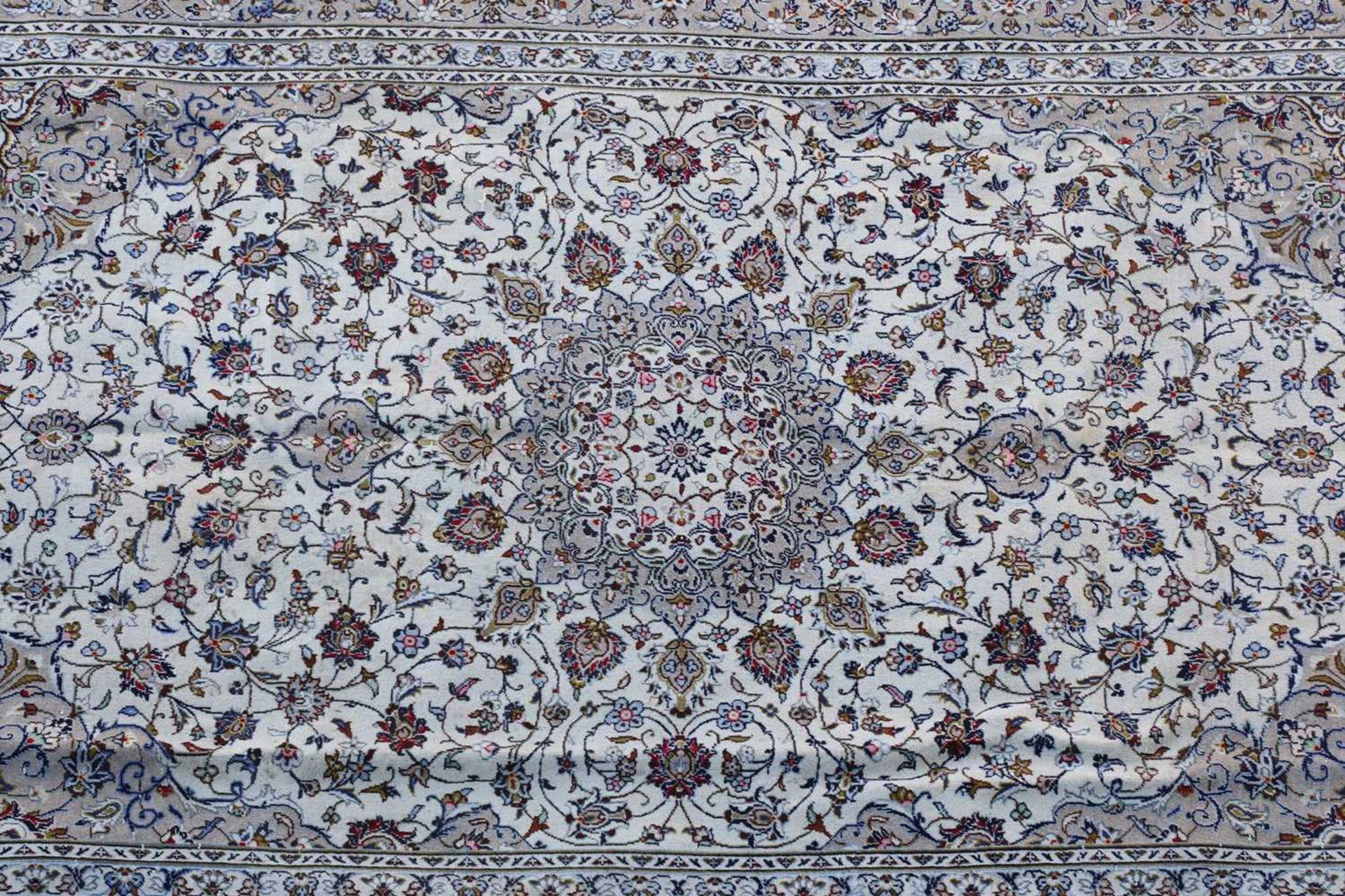 A Persian Kashan carpet, - Image 3 of 4