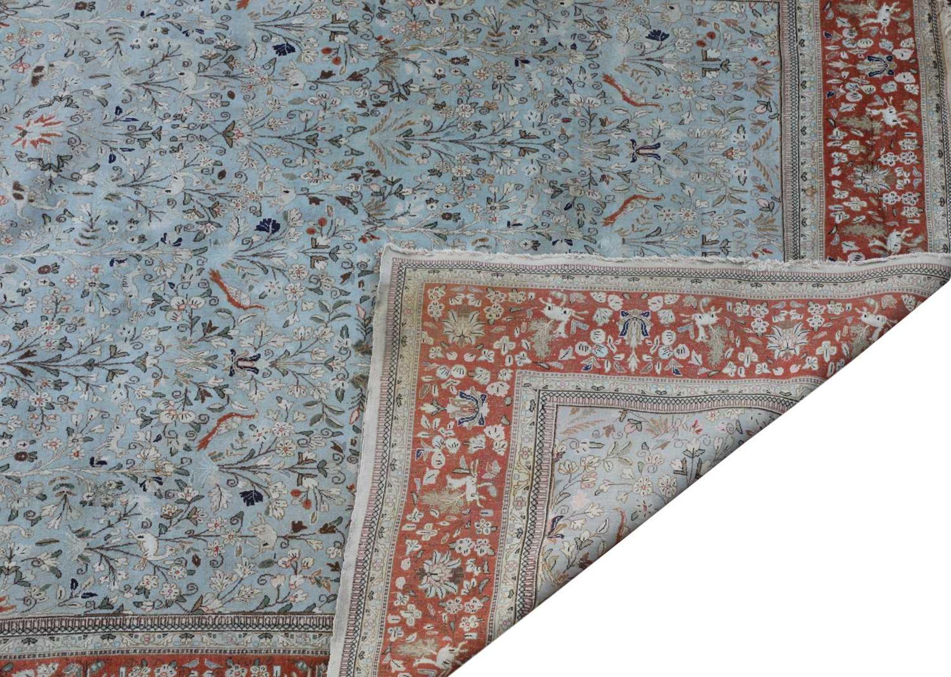 A large Persian carpet, - Image 2 of 2