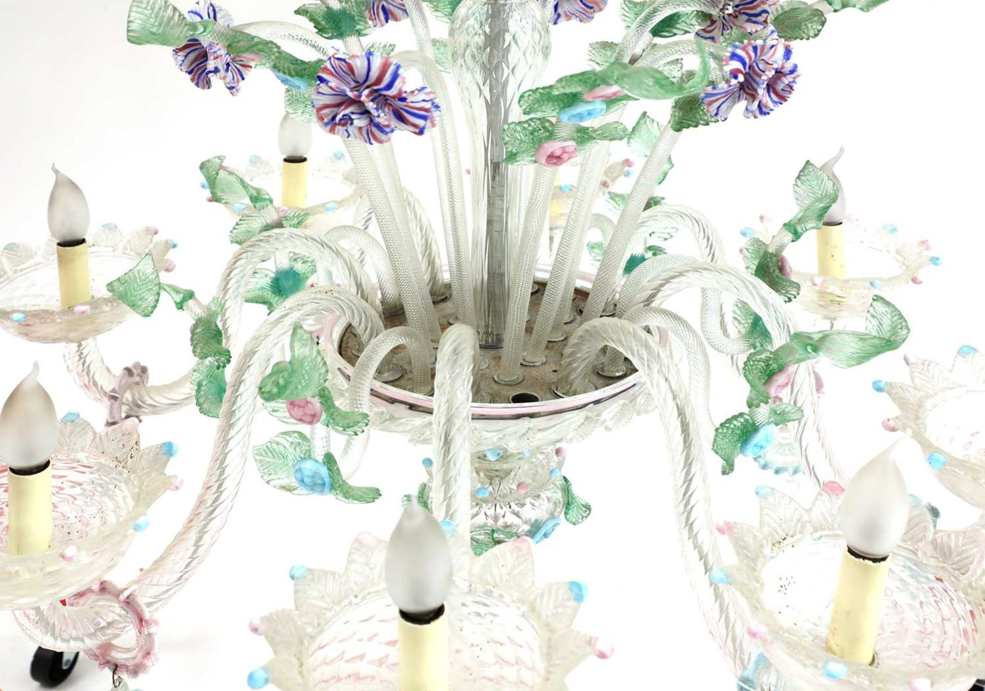 An impressive Murano chandelier, - Image 3 of 5