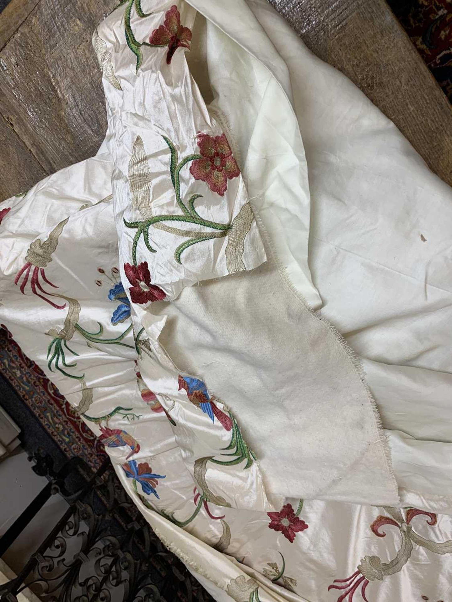 Three pairs of lined and interlined silk curtains, - Image 48 of 62