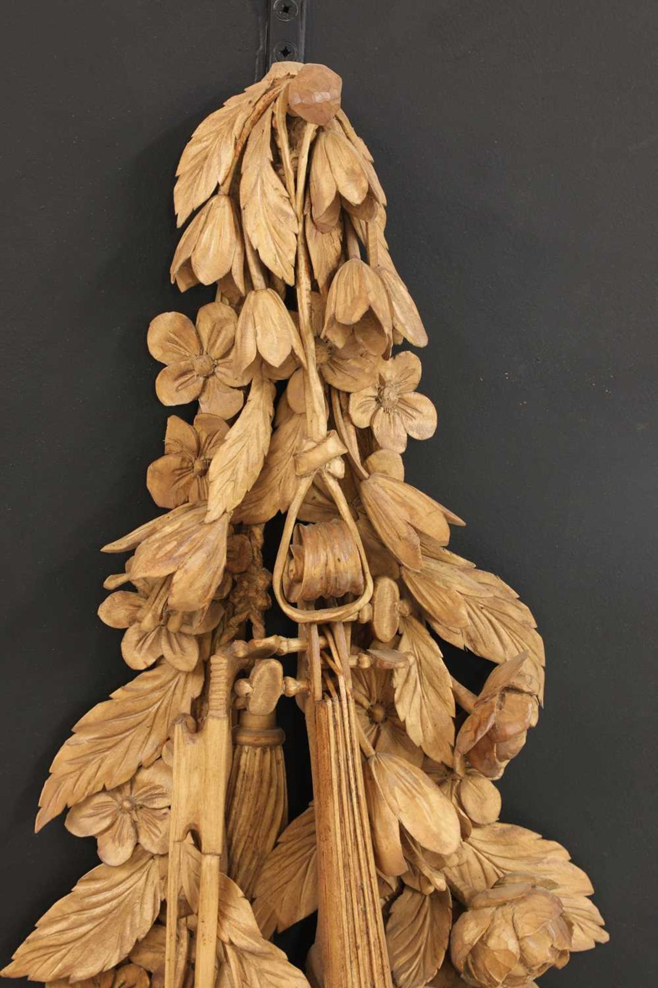 A carved wall hanging in the style of Grinling Gibbons, - Image 4 of 4