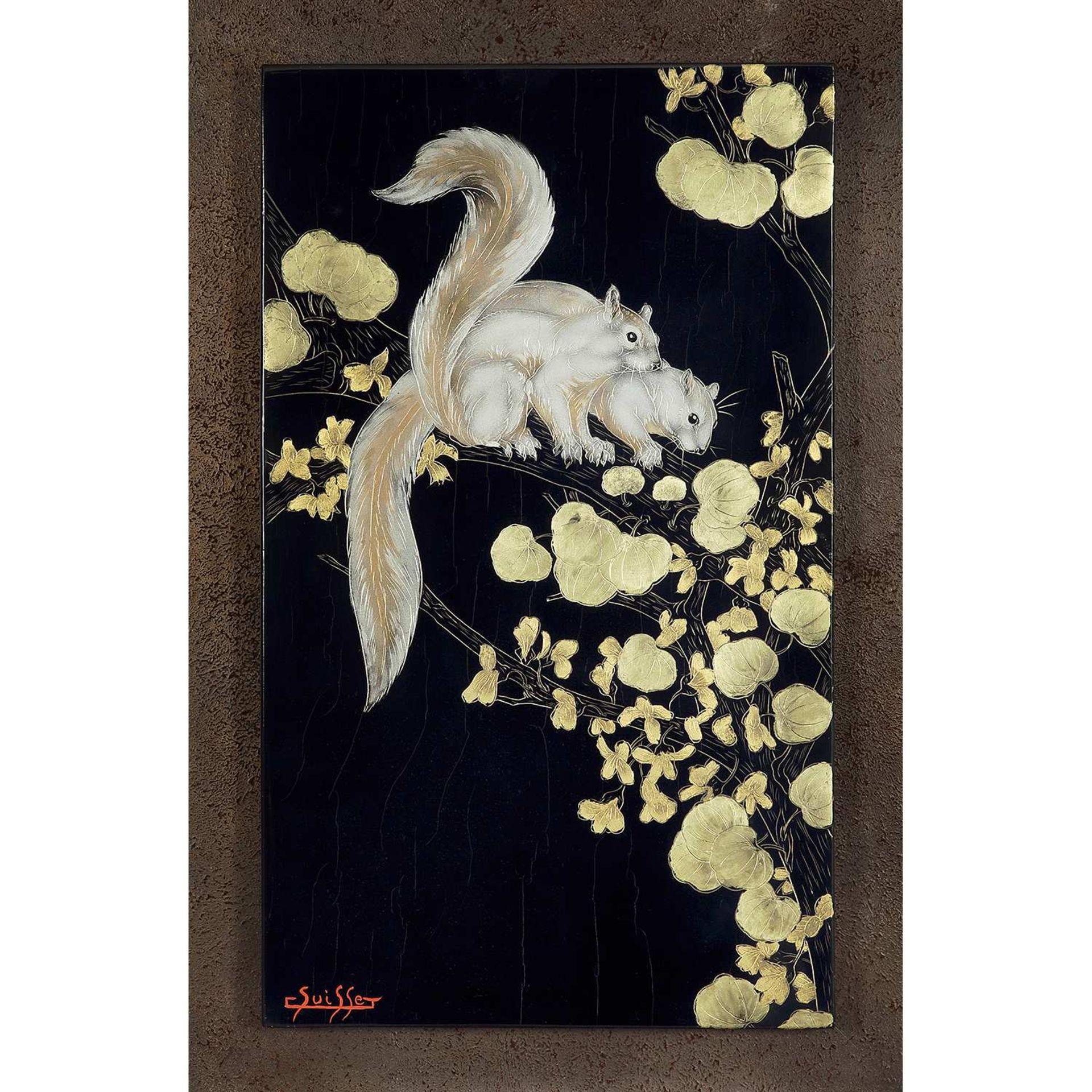 Los 18 - GASTON SUISSE (1896-1988) Écureuils de Malaisie dans un arbre de Judée Panneau de laque gravé, circa