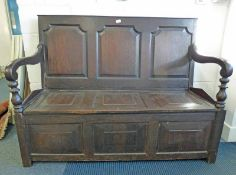19TH CENTURY OAK SETTLE WITH 3 PANEL BACK - 134 CM WIDE