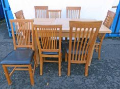 OAK DINING TABLE WITH LEAF ON SQUARE SUPPORTS & 8 OAK CHAIRS - LENGTH 161 CM