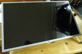 LG 32 INCH WALL MOUNTED TELEVISION