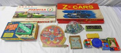 SELECTION OF ITEMS INCLUDING MARBLES, DONALD DUCKS ACROBALL GAMES,