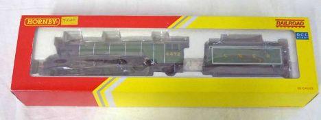 HORNBY R3086 00 GAUGE - LNER CLASS A1 4472 'FLYING SCOTSMAN' STEAM LOCOMOTIVE & TENDER.