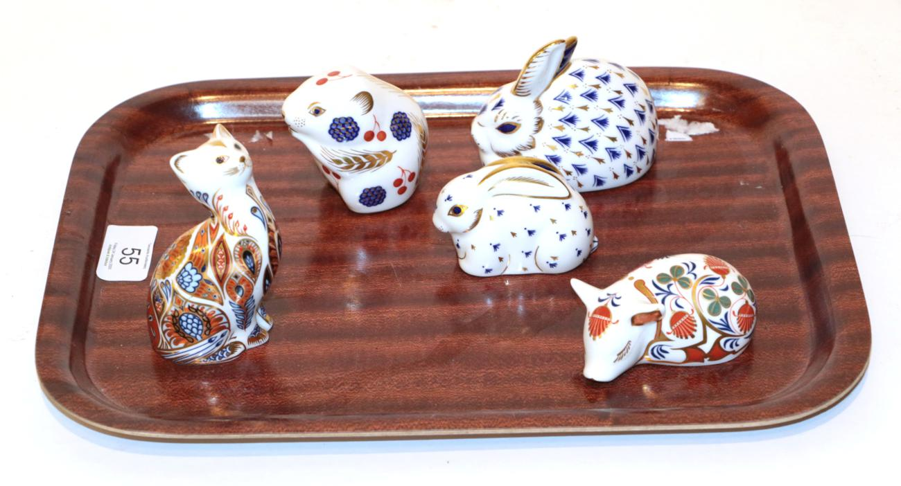 Lot 55 - A Royal Crown Derby Imari palette Field Mouse paperweight; with two Rabbits; a piglet; and a Cat (
