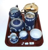 A tray of assorted Wedgewood Jasper ware