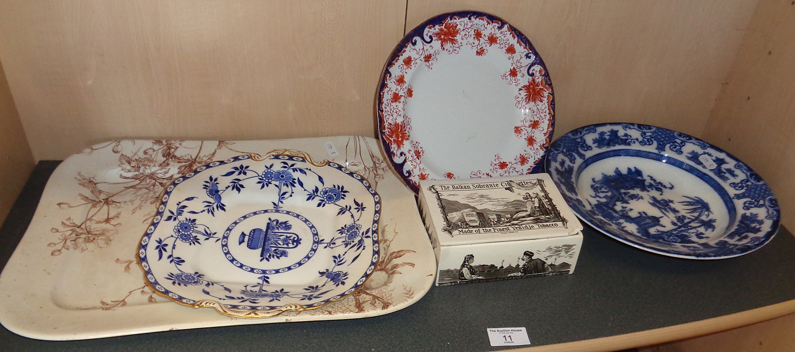 Lot 11 - A Victorian meat platter, three plates and a Balkan Sobranie transfer printed china cigarette box (