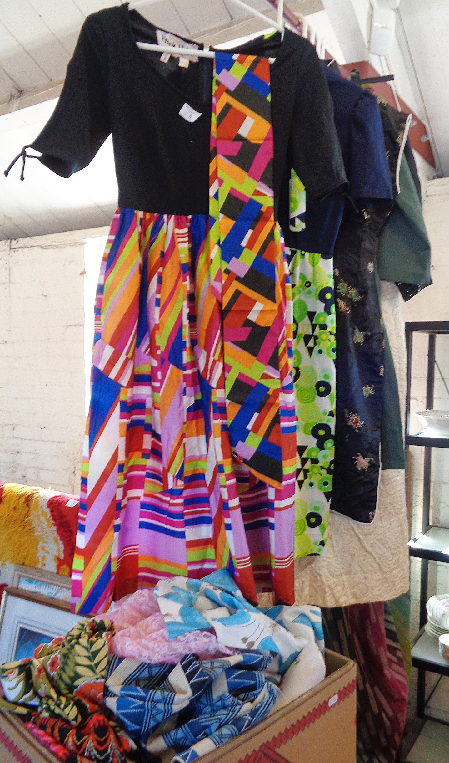 Lot 5 - Assorted vintage dresses, scarves and fabrics, inc. a psychedelic Frank Usher 1970's dress
