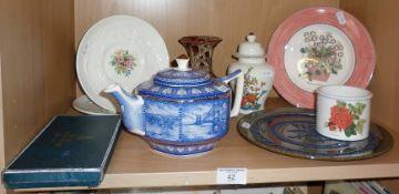 A Ringtons Tea Company teapot, a Wedgwood 'Sarah's Garden' plate and other china