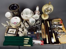 Mixed lot comprising ceramics to include crested china, Wedgwood Jasper ware and other, a clock,