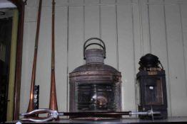 Daveys Port ship lamp with burner, S.C. & W.