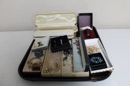 A tray of costume jewellery to include simulated pearls,
