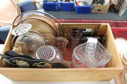 A wooden box containing Pendelfin figure, crystal, glass,