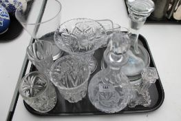 A tray of crystal, cut glass,