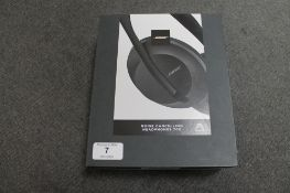 Bose AR : A pair of Noise Cancelling 700 Series Headphones, black, brand new, box still sealed. (R.
