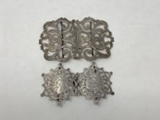 Two antique silver belt buckles (2) CONDITION REPORT: 61.5g gross.